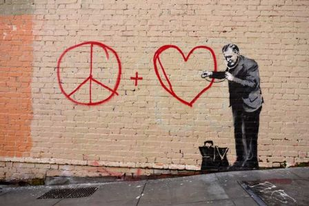 banksy-table_bgrd_12_2USA.jpg